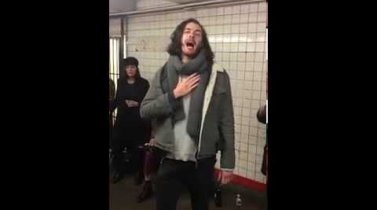 Hozier - Take Me To Church (Pop-Up Show in NYC Subway)